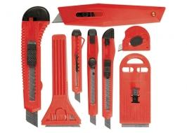 Набор ножей, выдвижные лезвия, 9мм-4, 18мм-2,+скребки выдвижн. фиксир.лезв.,40-52мм,2 шт. Matrix